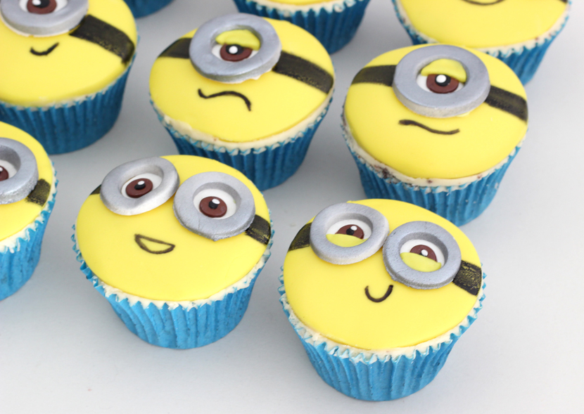 Minion-Cupcakes-3