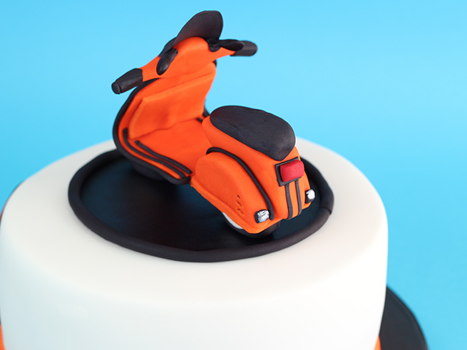 Scooter-Cake-2