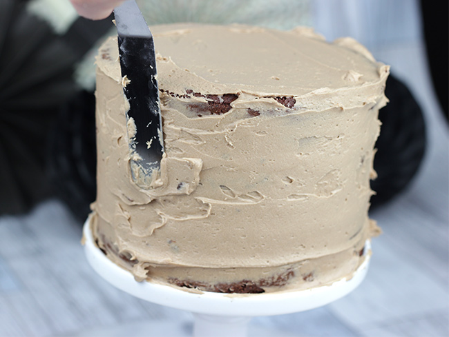 chocolate-cake-show-stopper-15