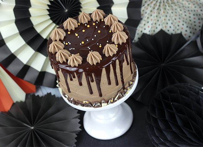 chocolate-cake-show-stopper-22