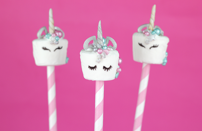 Unicorn-Marshmallow-Pops-1