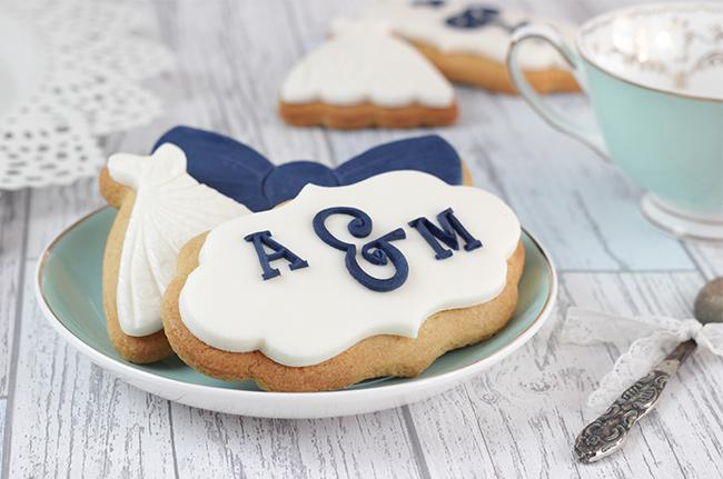 Wedding-Monogram-Cookies