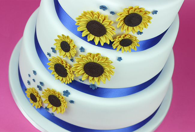 Sunflowers-Wedding-Cake-2