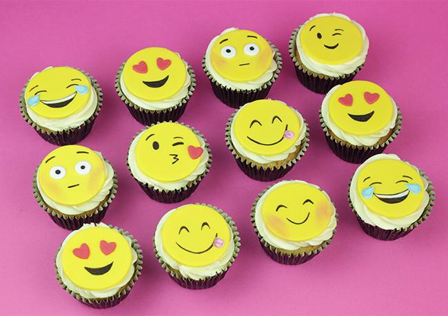 Emoji-Cupcakes-2