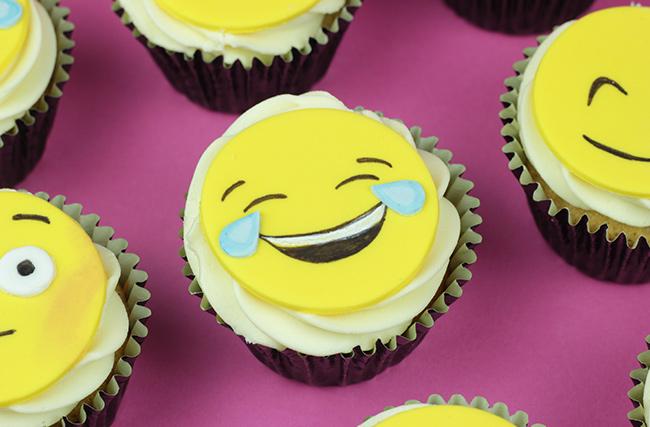 Emoji-Cupcakes-6