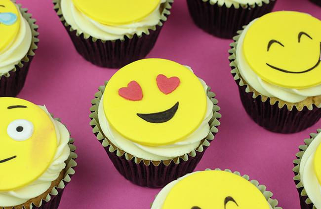 Emoji-Cupcakes-8