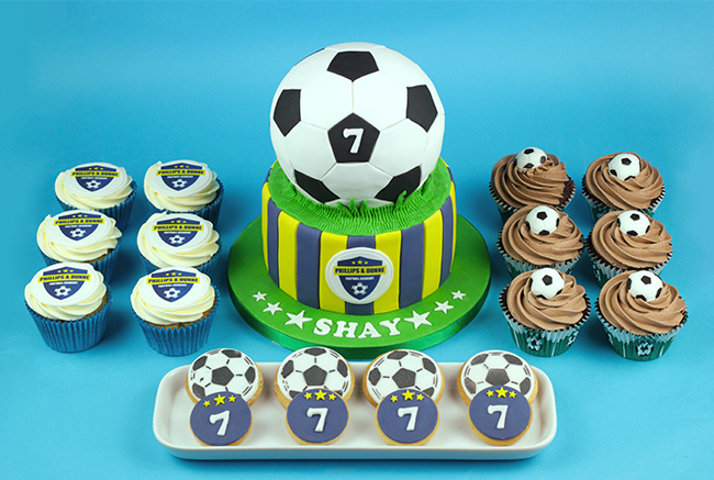Football-Cakes