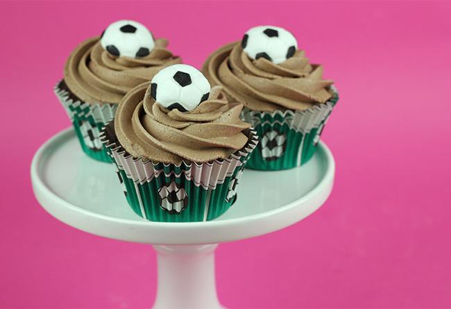Football-Cupcakes-1