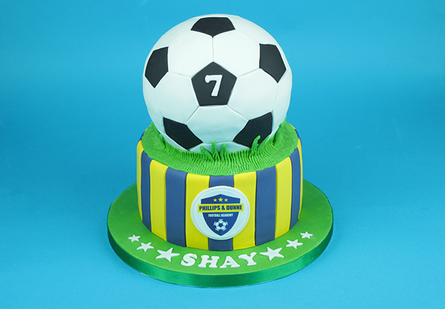 Football-cake-1