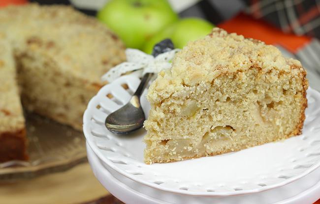 Apple-Crumble-Cake-5