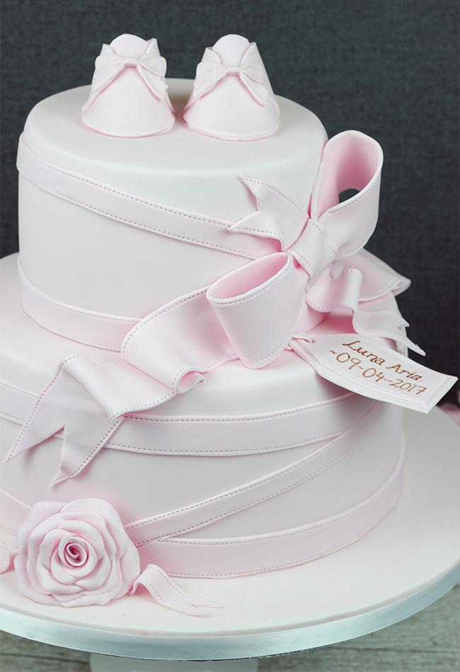 Luna-Aria-Christening-Cake-2