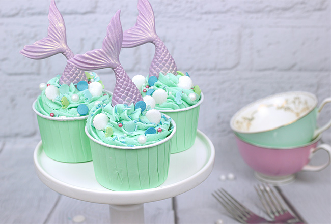 Mermaid-Tail-Cupcakes-4