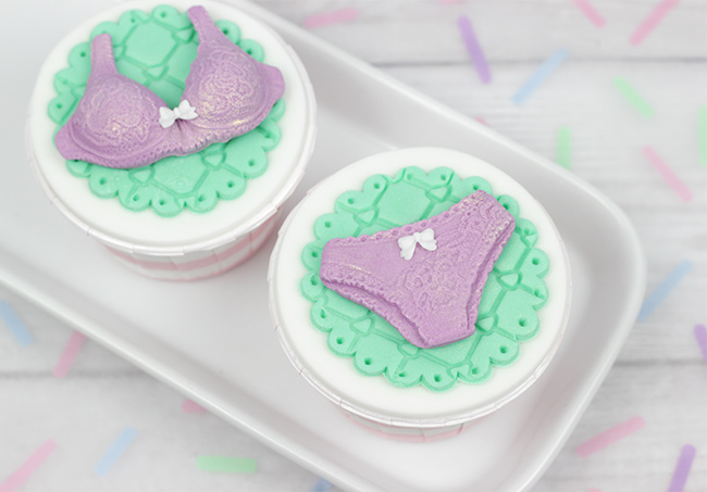 Lingerie-Cupcakes-2