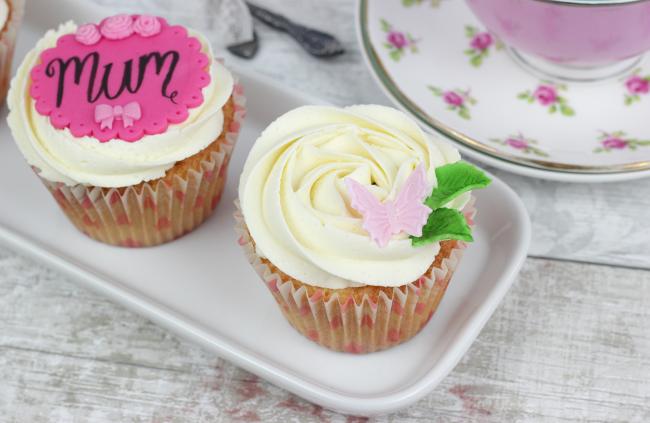 Mum's-Day-Cupcakes-6