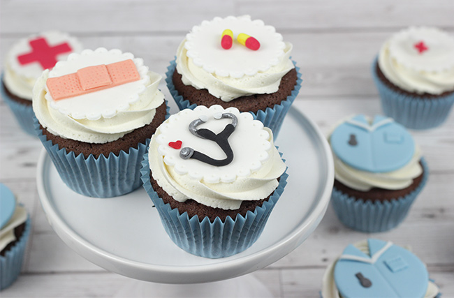 Nurse-Cupcakes-2