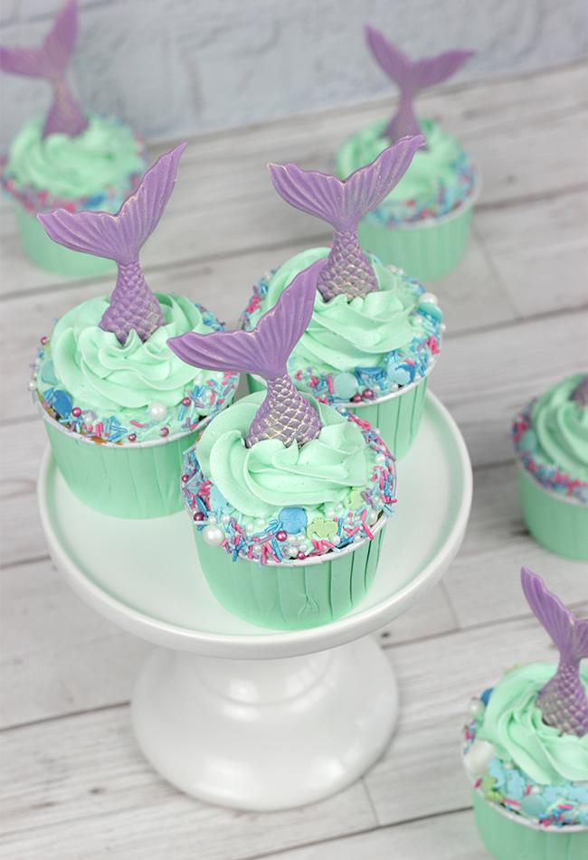 Sprinkle-Mermaid-Cupcakes-2