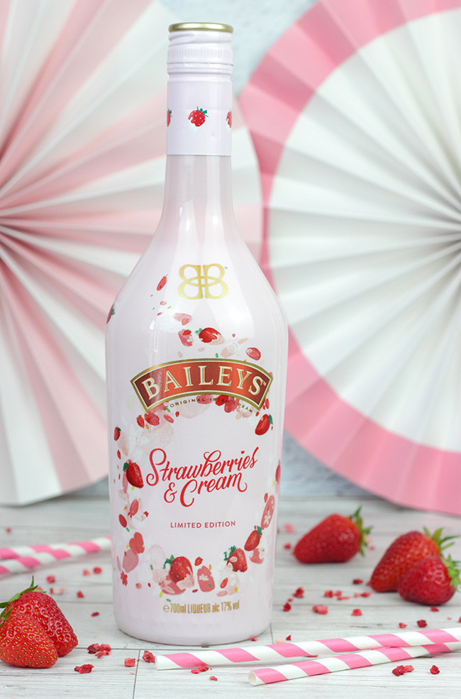 Baileys-Strawberry-&-Cream-2