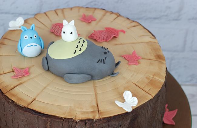 Totoro-Cake-9