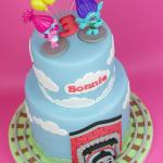 Trolls-&-Thomas-Tank-Cake-4