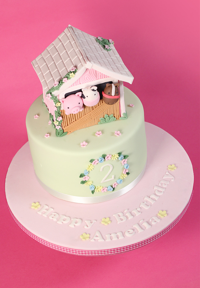 Barn-Farm-Animals-Cake-3