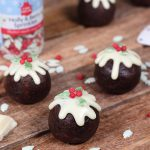 Chocolate Christmas pudding pops