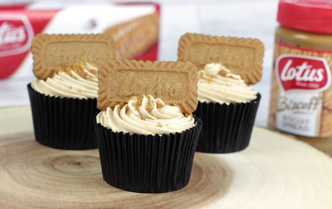 Lotus-Biscoff-Cupcakes-2