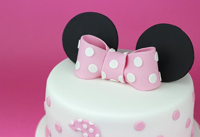 minnie-mouse-cake-3