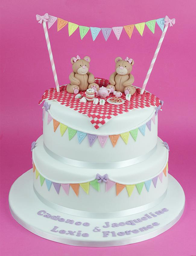 Bunting-Christening-Cake-6