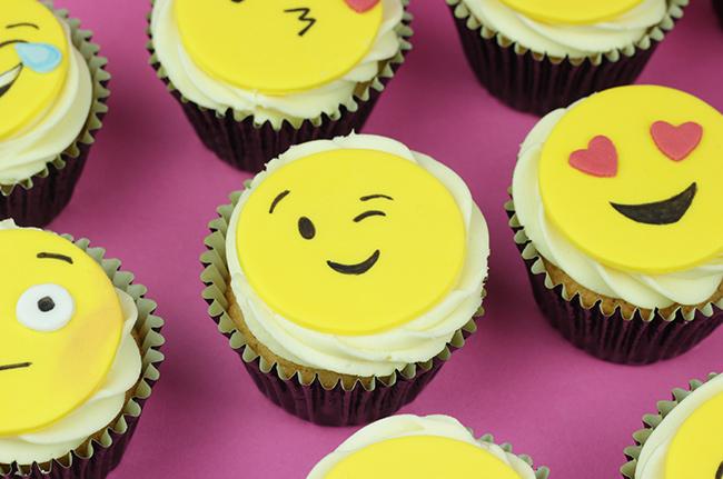 Emoji-Cupcakes-4