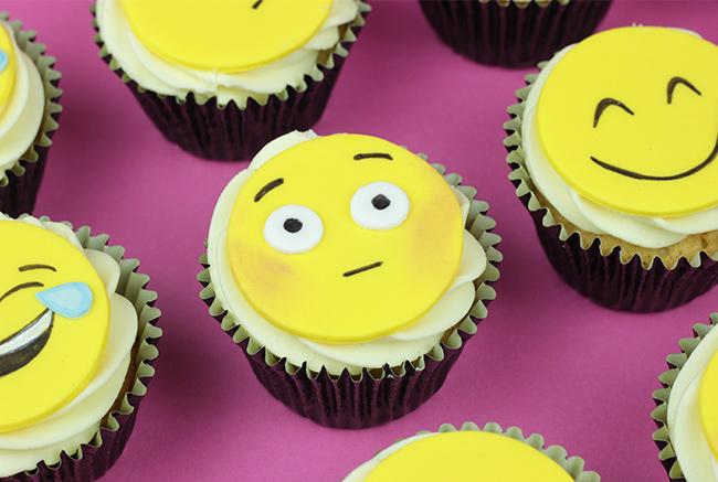Emoji-Cupcakes-7