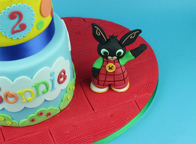 Mr-TumbleBing-Cake-2