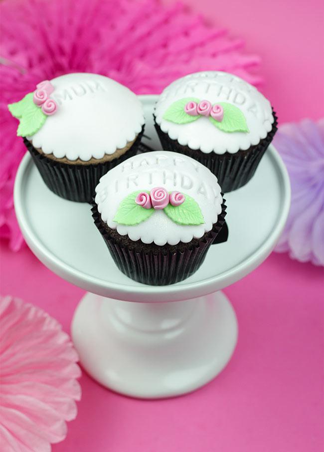 Mum-Happy-Birthday-Cupcakes-3