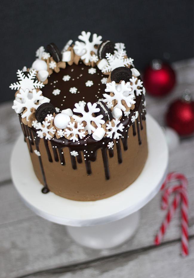 Snowflake-Drip-Cake-2