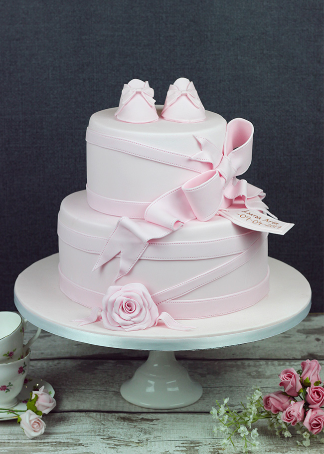Luna-Aria-Christening-Cake-1