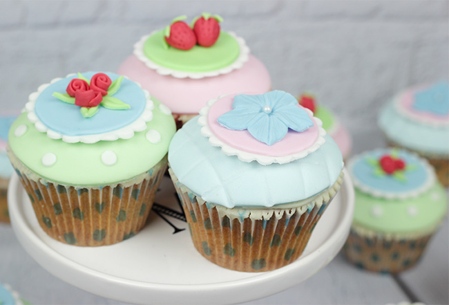 Shabby-Chic-Cupcakes-10