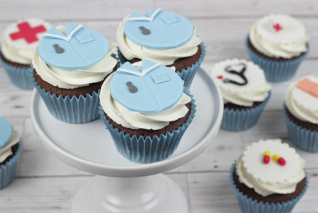 Nurse-Cupcakes-4