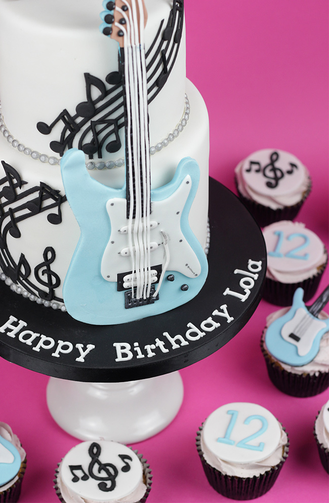 Guitar-Cake-7