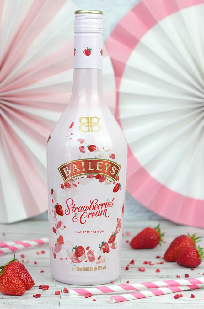 Baileys-Strawberry-&-Cream-2