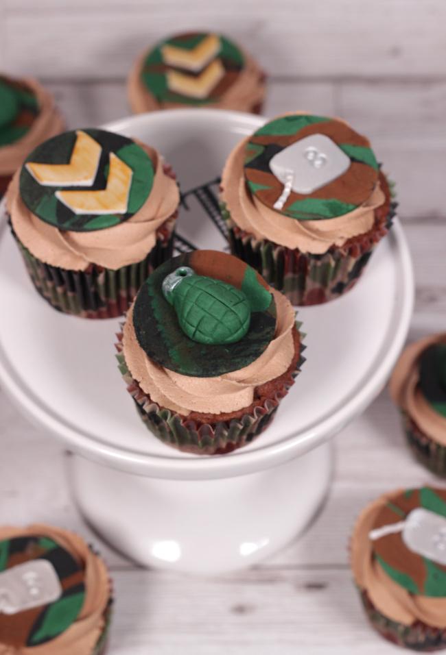 Camo-Cupcakes-2