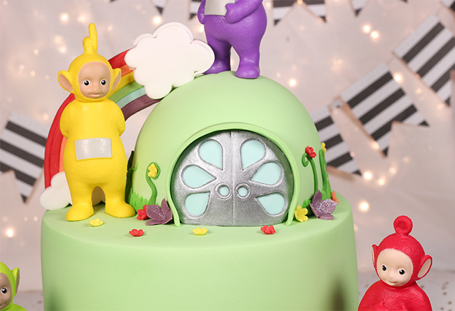 Awesome Teletubbies 2Nd Birthday Cake Cakey Goodness Birthday Cards Printable Nowaargucafe Filternl